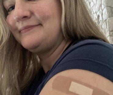 Tina Rounds vaccinated